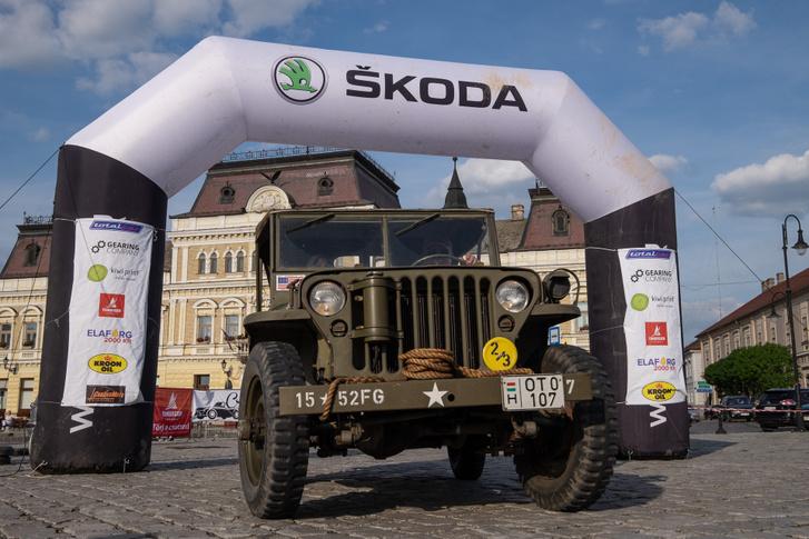 A Cross Hungary bajai céljánál egy eredeti, háborús Ford Jeep