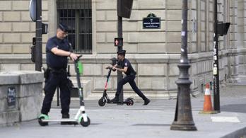 Az e-roller lehet, hogy idegesítő, de az autózás alkonyát is hozhatja