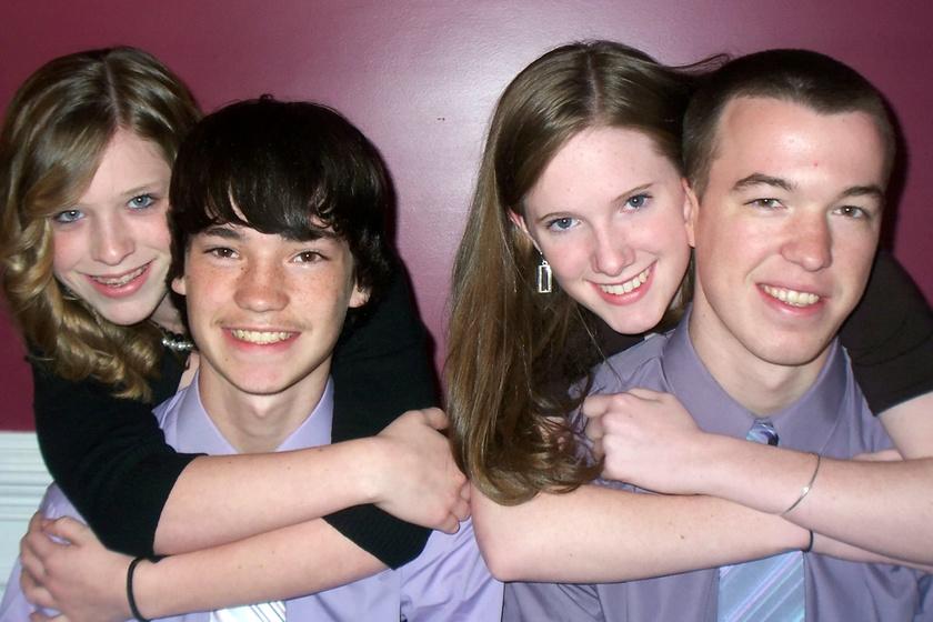A most 25 éves Hannah 13 éves korában ismerkedett meg a most szintén 25 éves Briannel. Randevúzni kezdtek, és gyorsan egymásba szerettek.
