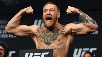Conor McGregor megütött egy idős férfit, mert az visszautasította a whiskyjét