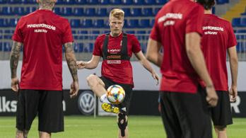 Megműtik a válogatott középpályását, nem játszhat Szlovákia ellen