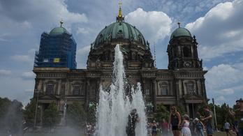 Kilencéves lány perel egy berlini fiúkórust, mert évek óta nem veszik be