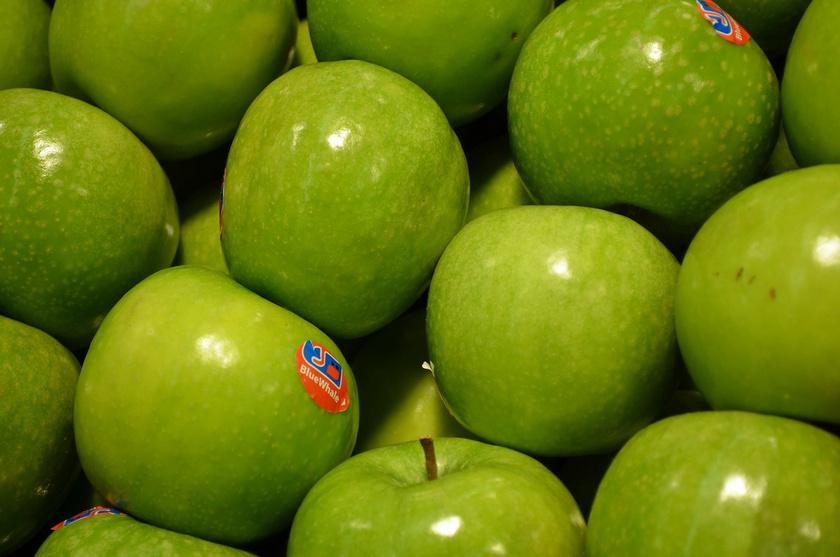 apple-83083 1280