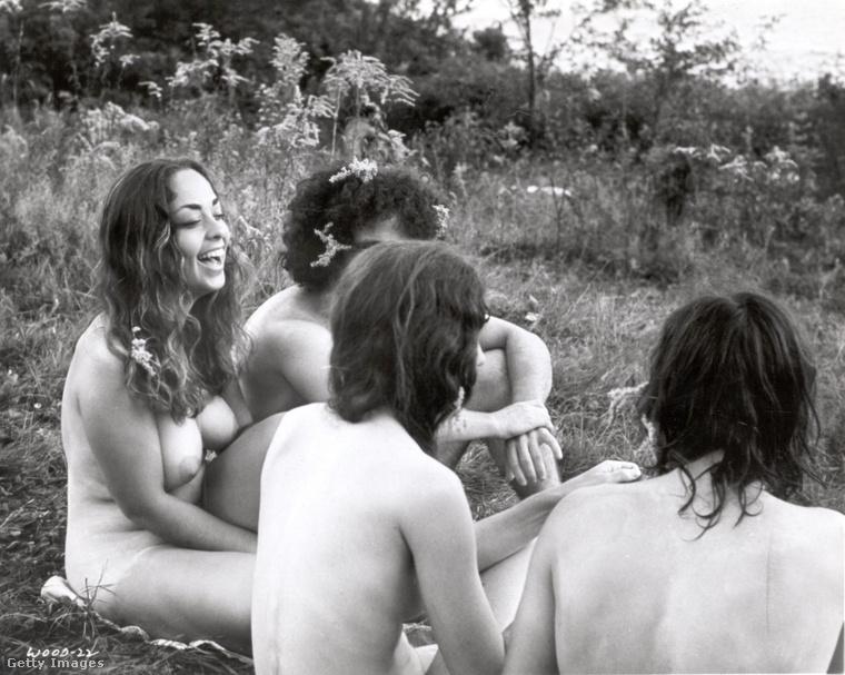 De két évvel az úgynevezett Summer of Love után 1969-ben már szemlátomást elég sokan voltak, akik felszabadultságukat így (is) ki akarták fejezni.