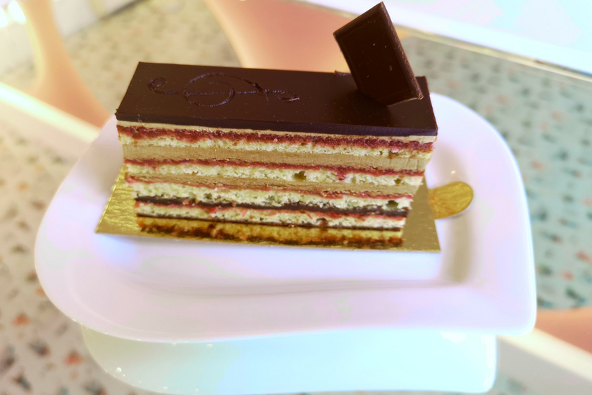 malna pastry opera szelet