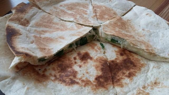 sajtos quesadilla 1