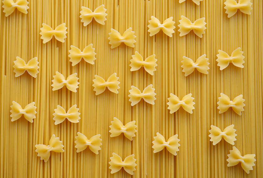 pasta-carbohydrates-spaghetti-noodles-farfalle-560657