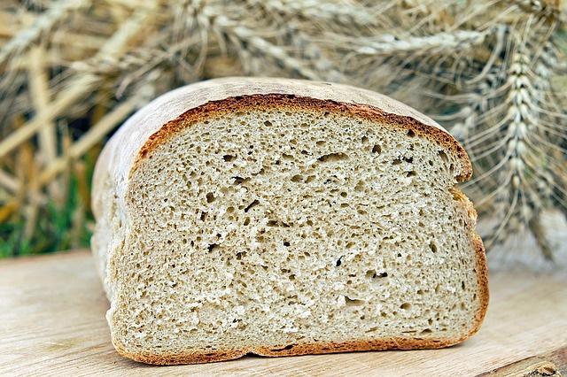 bread-1510155 640 (1)