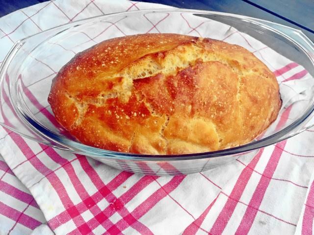 kenyér egész kicsi