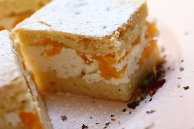 őszibarackos-túrós süti