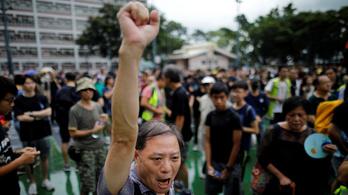 A hongkongi hatóságok megtiltották a vasárnapi tüntetést