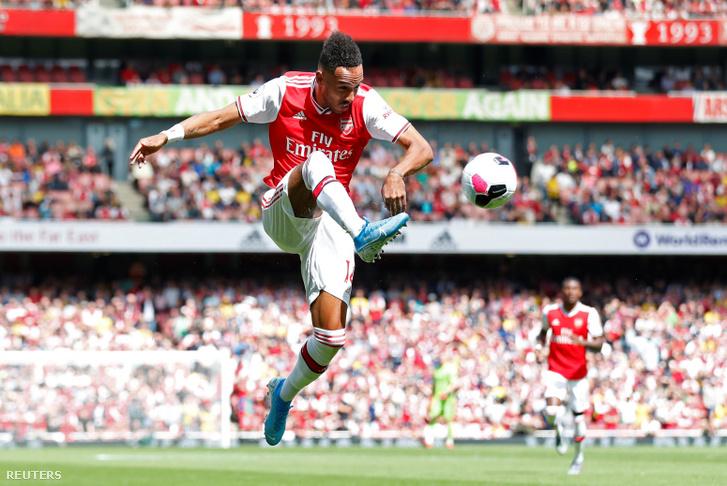 Pierre-Emerick Aubameyang a Burnley ellen mérkőzésen