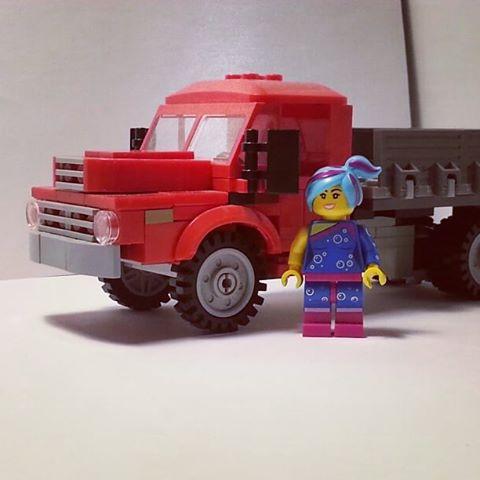 Ezt a patent kis Csepel modellt Lego Betyártól loptuk, mert tökéletes példa a nem túl nagy, de ötletes modellre