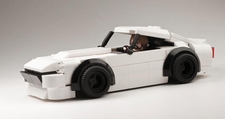 Majd pont Hangyászt (na jó, Datsun 240Z-t) nem lehet építeni LEGO kockákból, mi?