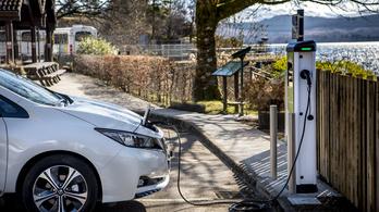 A briteknél már több az elektromos töltő, mint a benzinkút