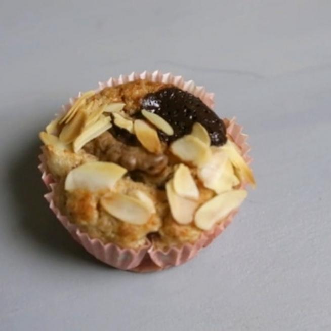 Cukormentes, zabpelyhes, fehérjében gazdag süti diétázóknak, amiben nem csalódsz