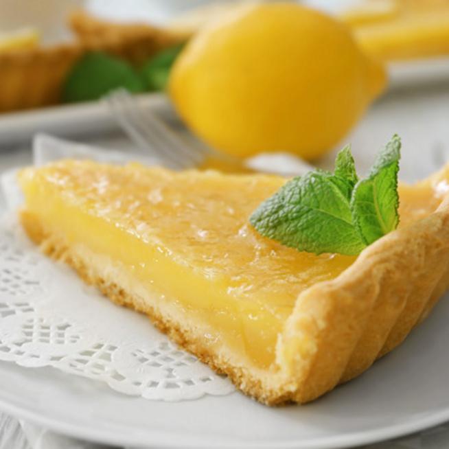 Különleges citrom-tart: omlós linzertészta, savanykás citromkrém