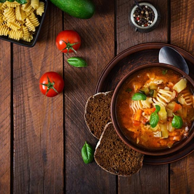 Húsmentes hétfő - mindent bele a fazékba olasz módra: a minestrone leves!