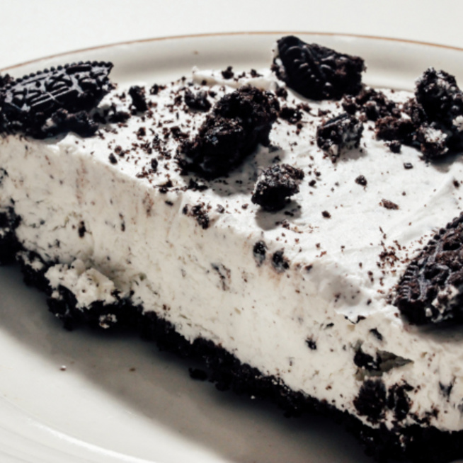 Habkönnyű Oreo-torta mascarponés, görög joghurtos krémmel