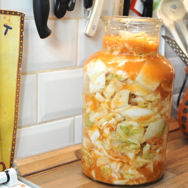 Ha meguntad a sima káposztát, így készíts fűszeres koreai kimcsit