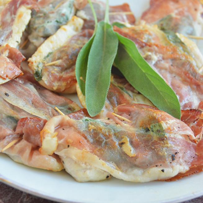Az olaszok legfinomabb húsétele, a saltimbocca csirkéből is isteni