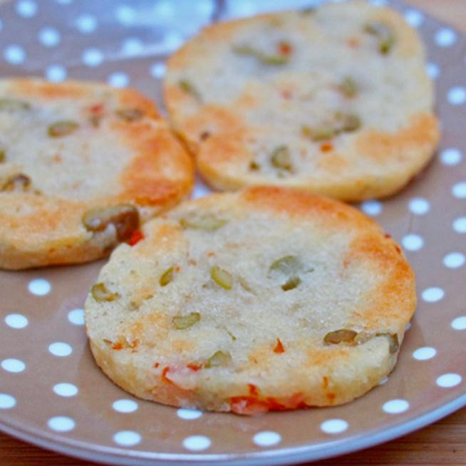 Parmezános, olajbogyós keksz, avagy sablé: a leggyorsabb sós sütemény