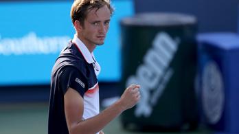 Djokovicot búcsúztatta, aztán megnyerte a tornát