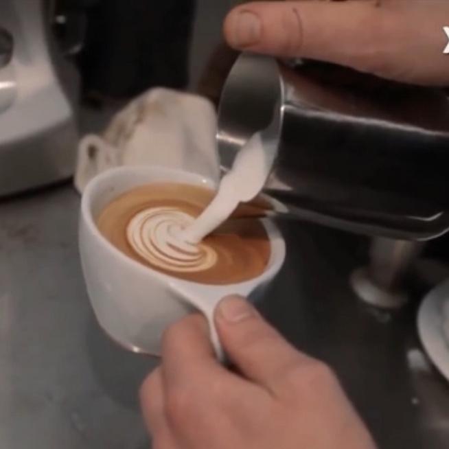 Tejhab szívecske a kávéba kezdőknek - így képzeltük, és ilyen lett