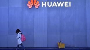 Felháborodott, és politikai motivációt lát a Huawei az újabb tiltások mögött