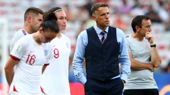 Phil Neville a közösségi média bojkottjára hívja a futballvilágot