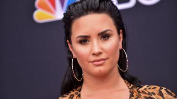 Demi Lovato szereplésével készít filmet az Eurovízióról a Netflix