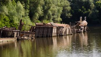 Egy halom rozsdás roncs maradt a legnagyobb magyar gőzhajóból