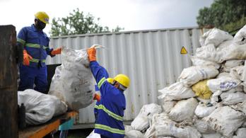 Nepál betiltotta az eldobható műanyagok használatát a Mount Everestnél