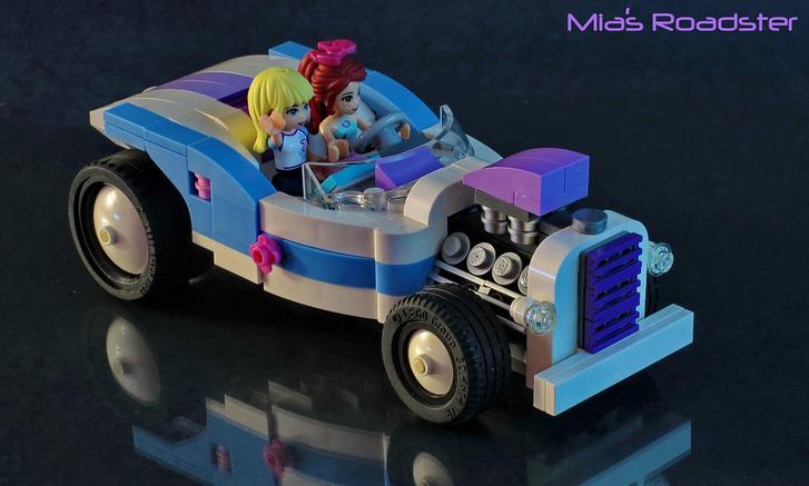 Reméljük, lányok is neveznek vagány autókkal - a Friends főhősei csajos színvilágú roadsterben krúzolnak Heartlake City főutcáján
