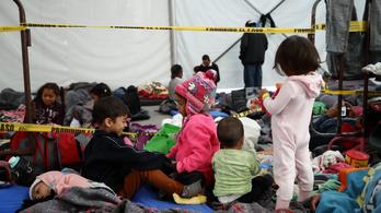 Akármeddig fogva lehet majd tartani az USA-ban az illegális bevándorlók gyerekeit