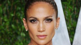 Ha mindig is kíváncsi volt, hogyan edz Jennifer Lopez, most teljesült a kívánsága
