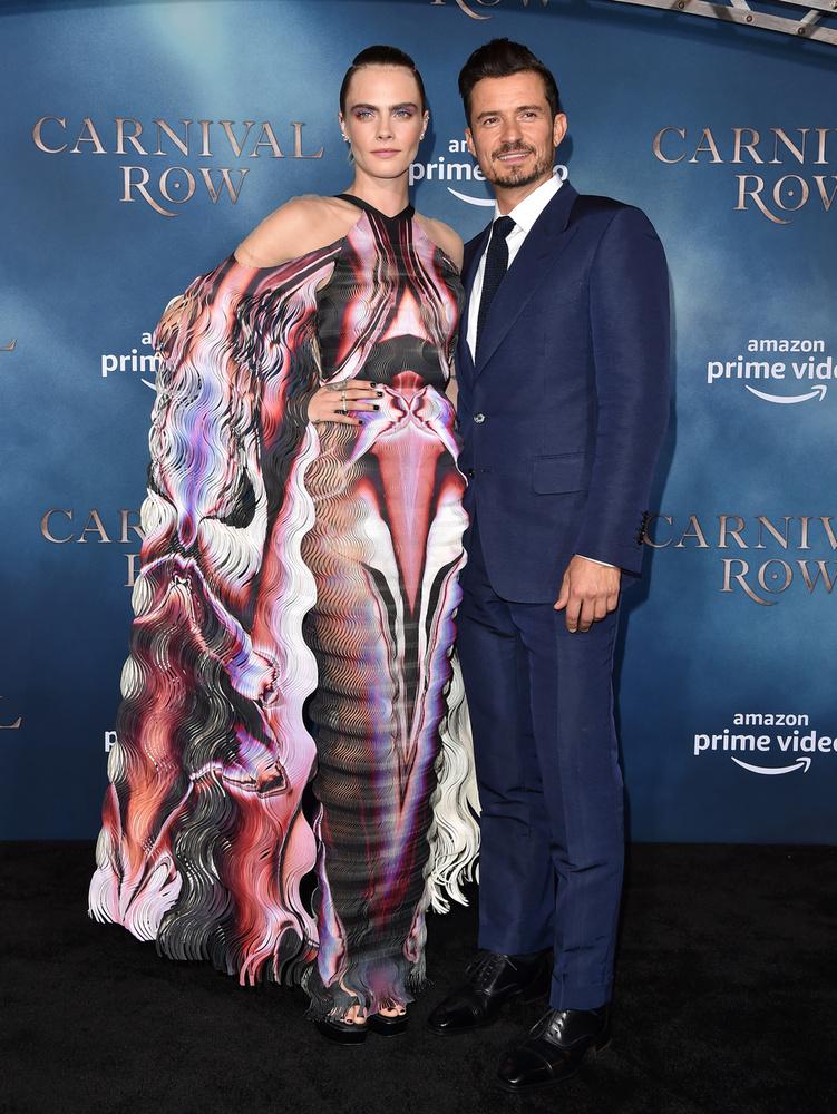 A Carnival Row másik főszereplője, Orlando Bloom is tiszteletét tette a premieren, ...