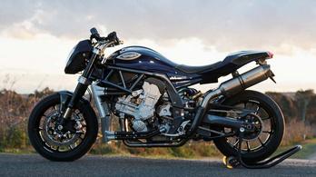 Kétliteres, V8-as motorkerékpár Ausztráliából