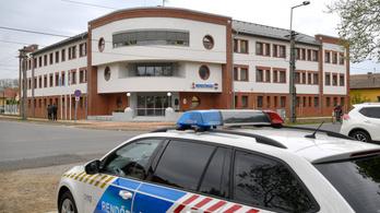 Hivatali visszaélés miatt nyomoznak a karcagi rendőrkapitány ügyében