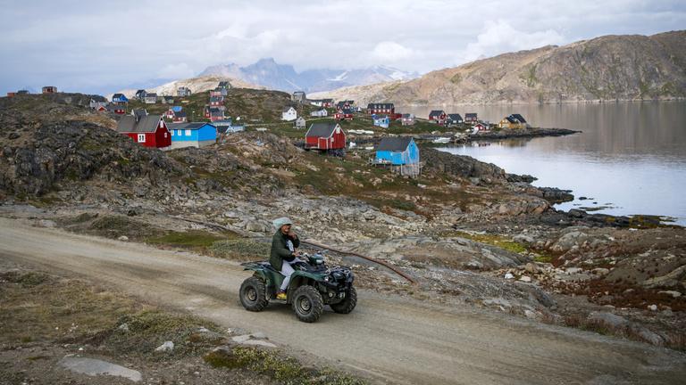 Nem véletlenül fáj Trump foga Grönlandra