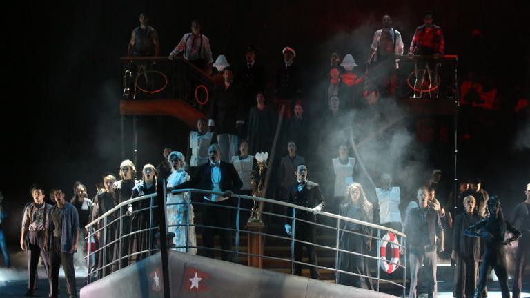 Azt akarjuk, hogy elsüllyedjen a hajó, és mindenki meghaljon