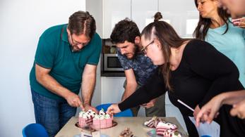 Megkóstoltuk az ország két tortáját, és azt is, mások mit készítettek belőle