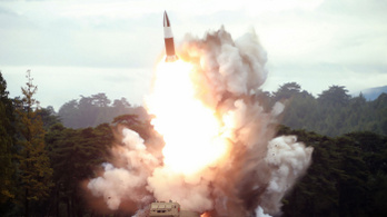 Észak-Korea megint rakétákkal kísérletezett