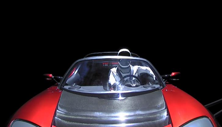Starman és Teslája a kilövés utáni órákban