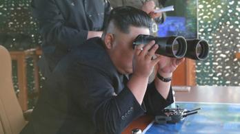 Rakéta-sorozatvetőt tesztelt Észak-Korea