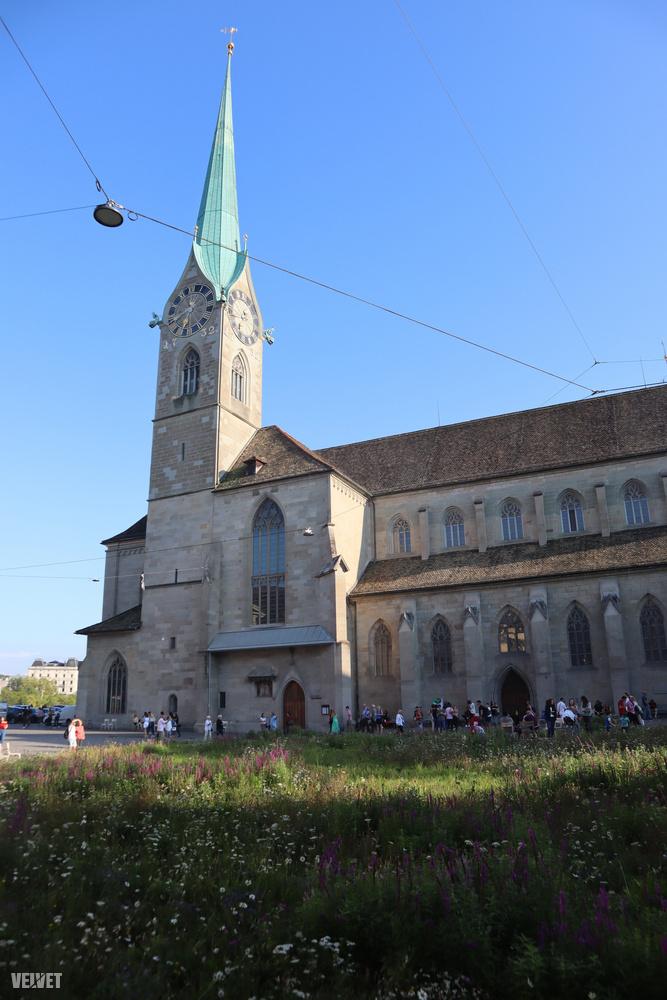 Ez Zürich talán leghíresebb temploma, a Fraumünster