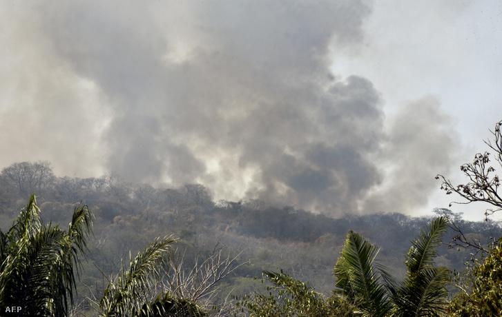 Erdőtűz a bolíviai Roboréban 2019. augusztus 24-én