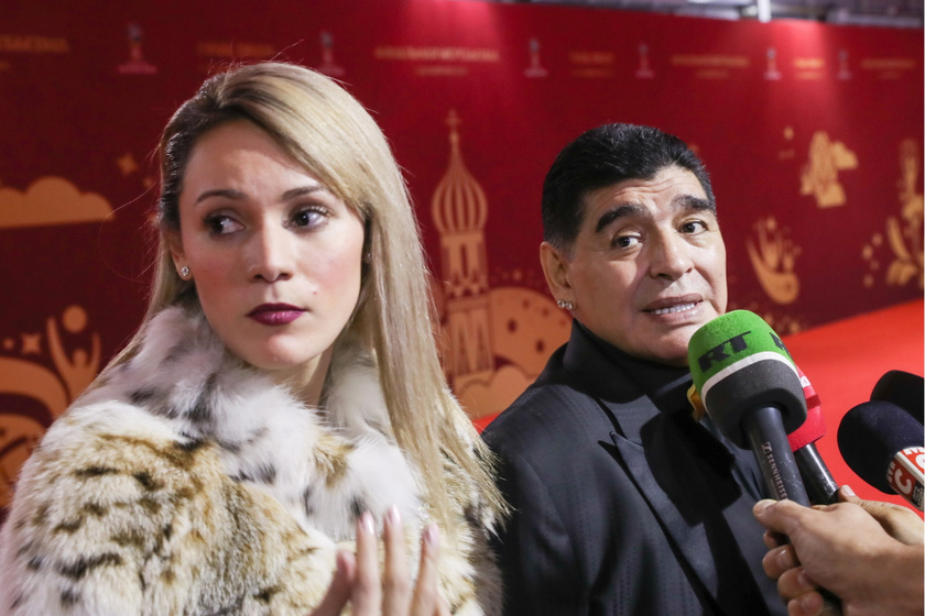 Dalma Maradona híres édesapjával.