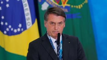 Miután felajánlottak 20 millió dollárt az erdőtüzek oltására, Bolsonaro beszólt a G7 résztvevőinek