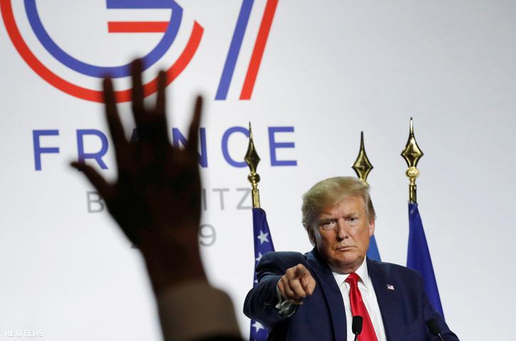 Donald Trump a G7 csúcstalálkozón 2019. augusztus 26-án.